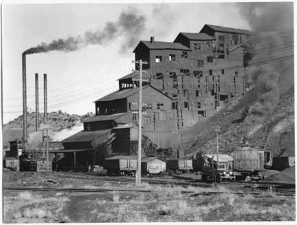 11. This image from 1935 depicts the coal mine in Madrid.