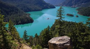 You Haven't Lived Until You've Experienced This Beautiful Lake In Washington