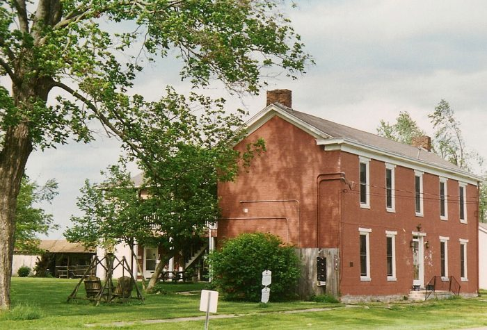 6. The Ditto Lansdale House, (AKA Ditto Prewitt House), was built in 1823.