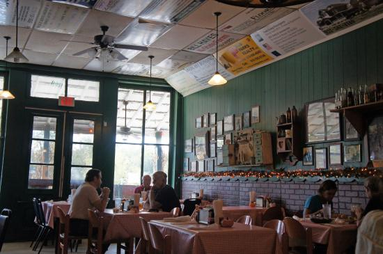 Eat at the well-known Bell Buckle Cafe with the locals