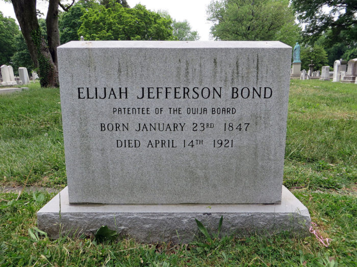 You Won T Believe This Unique Tombstone In Maryland