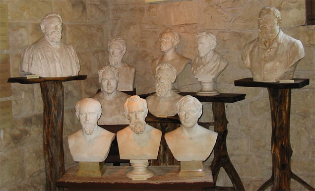 She also sculpted busts of Texas governors, religious figures, and royal monarchs.