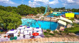 These 7 Waterparks Near Houston Are Going To Make Your Summer AWESOME