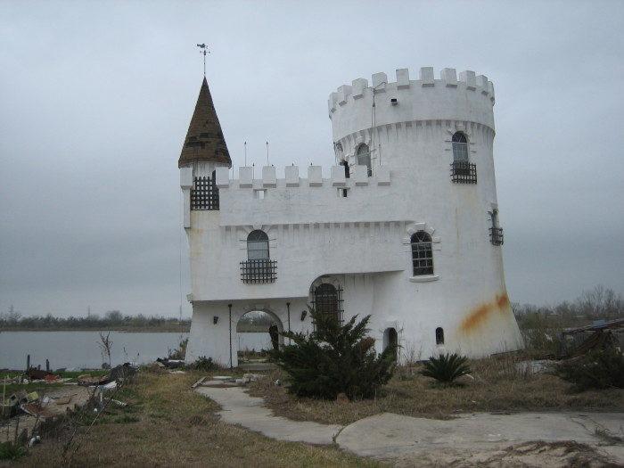 3) Fisherman's Castle, Irish Bayou