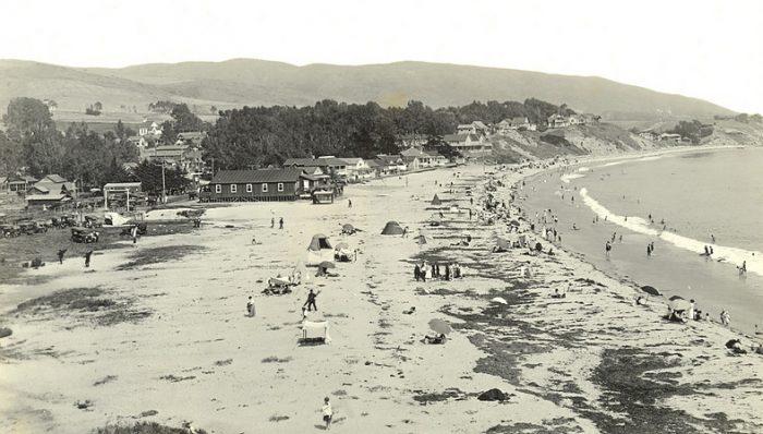 7. The Main Beach at Laguna Beach -- circa 1915 and present day