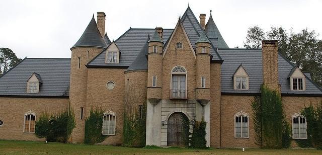 4) Le Petit Chateau de Luxe in Mermentau, LA