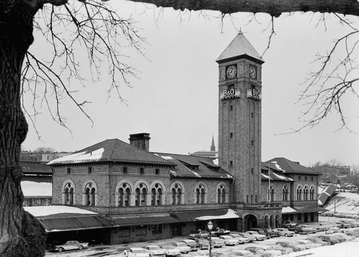 1. Baltimore's Mount Royal Station in 1960. It discontinued passenger train service the following year.
