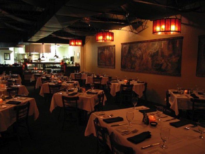 Romantic Restaurant 1.1