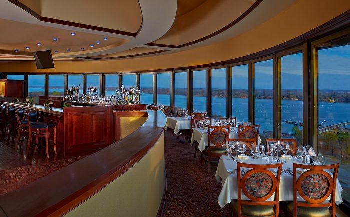 Romantic Restaurant 11.11