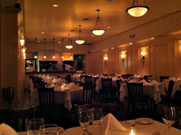Romantic Restaurant 2