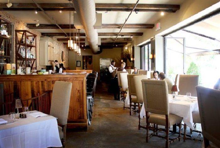 Romantic Restaurant 4.4