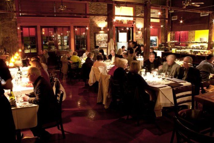 Romantic Restaurant 6.6