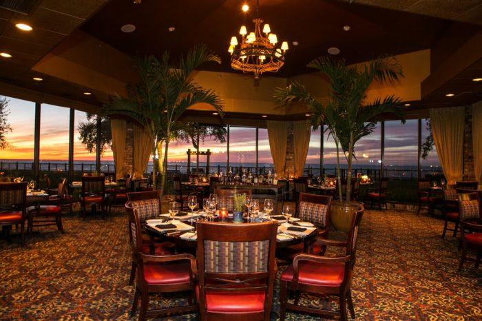 Romantic Restaurant 9.9