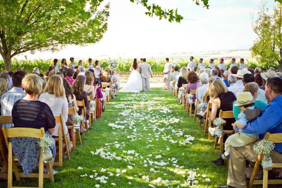 9 Beautiful Romantic Wedding Venues In Idaho