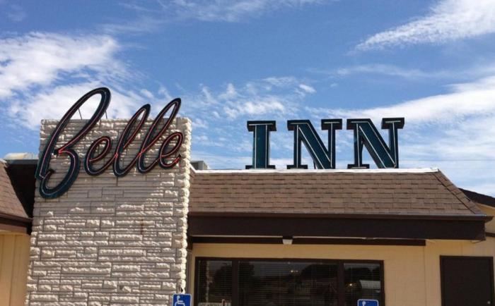 6. Belle Inn - Belle Fourche