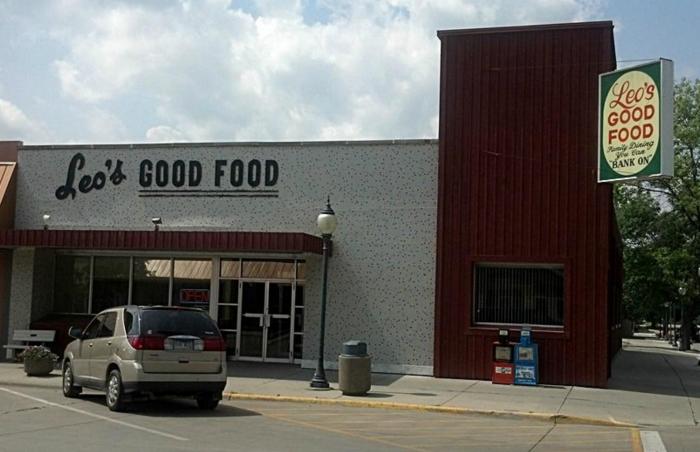 5. Leo's Good Food - Redfield