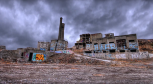 The Remnants Of This Abandoned Factory In Oregon Are Hauntingly Beautiful