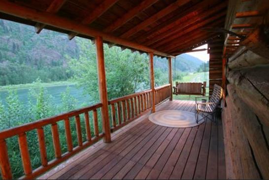 6.  Kootenai Angler Guest Cabins, Libby