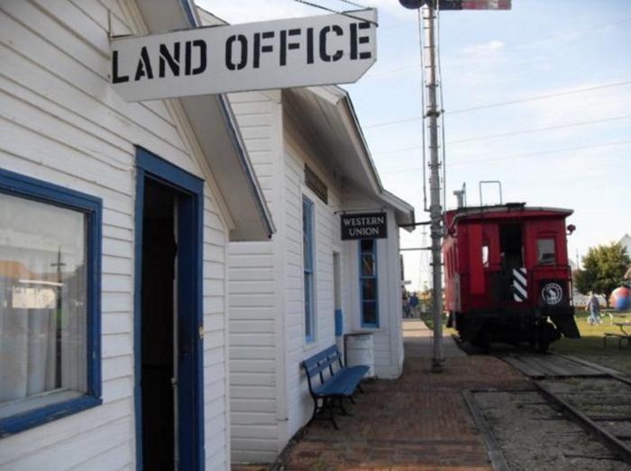 4. Prairie Village Museum - Rugby