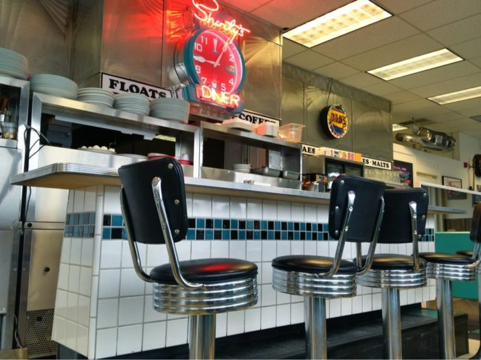 Shorty's-interior