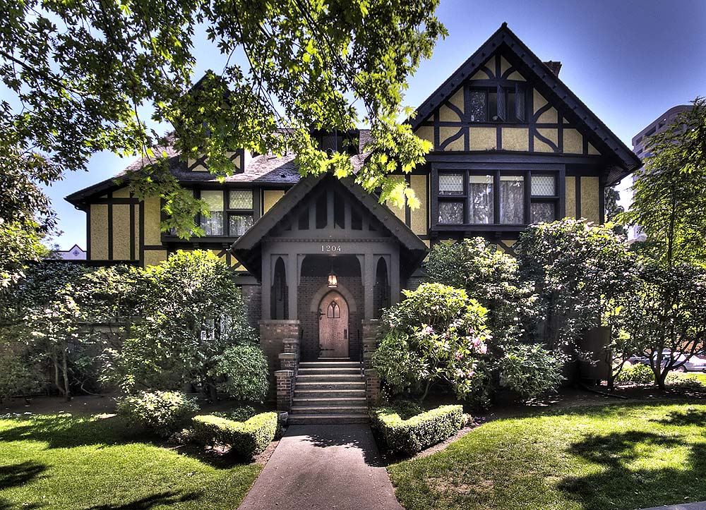 10 Unique Washington State Houses