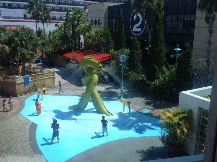 5. Florida Aquarium Explore A Shore