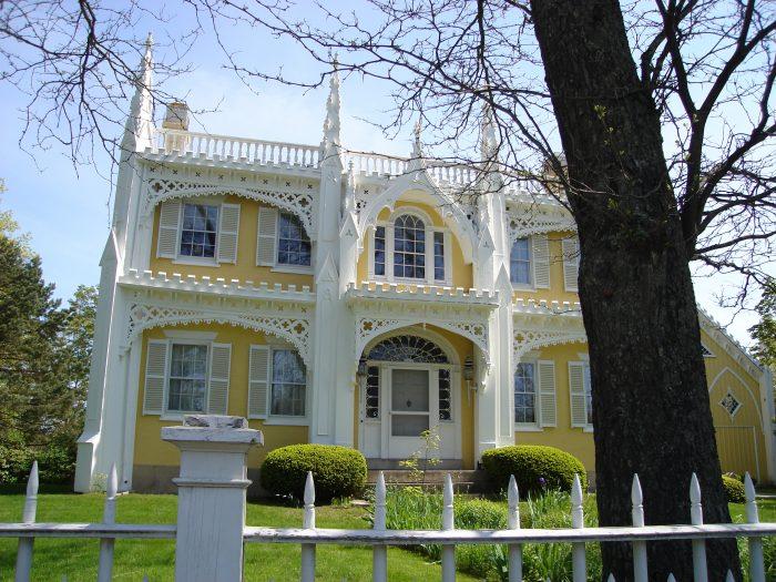 9. The Wedding Cake House, Kennebunk