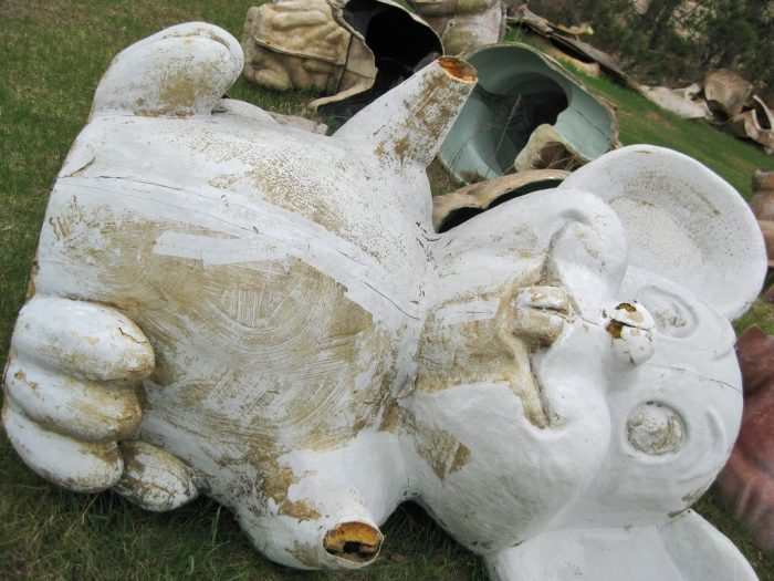 2. FAST: Fiberglass Statue Mold Yard (Sparta)