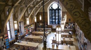 These 8 Strange and Hidden Libraries in Illinois Need To Be Seen To Be Believed