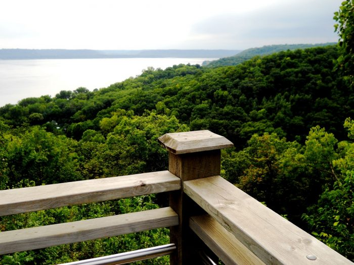 7. Lookouts give you an incredible view of the Mississippi River.