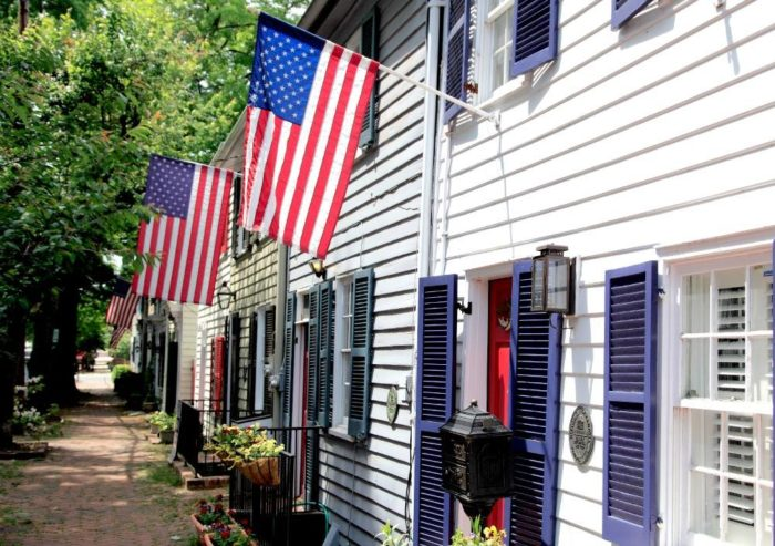 Alexandria has rich history and was a frequent stop for the founding fathers including George Washington and Thomas Jefferson.
