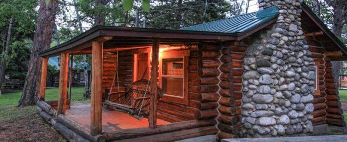2. Wagon Box Inn