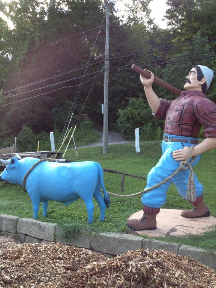 3. Paul Bunyan And Babe Statue, Nitro
