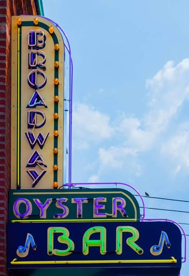 11. Broadway Oyster Bar – St. Louis
