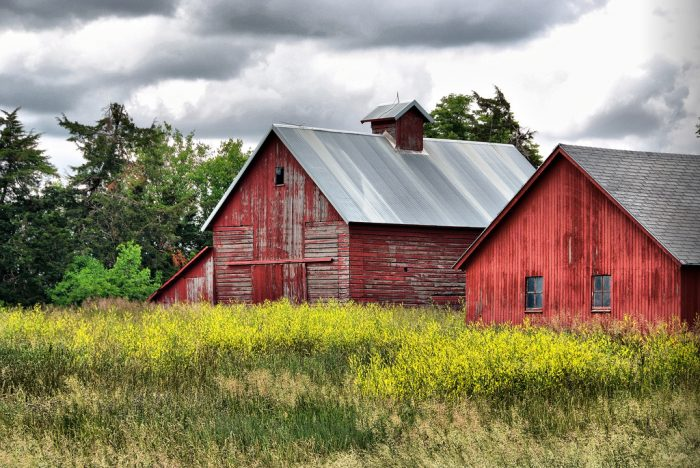 This byway is a 68-mile route, and the farmlands and limestone buildings served as inspiration for many of Grant Wood's famous works.