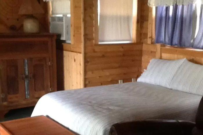cabin-at-honey-creek2