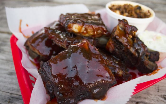 ...and the rib tips are just as mouthwatering. (Are you hungry yet?)