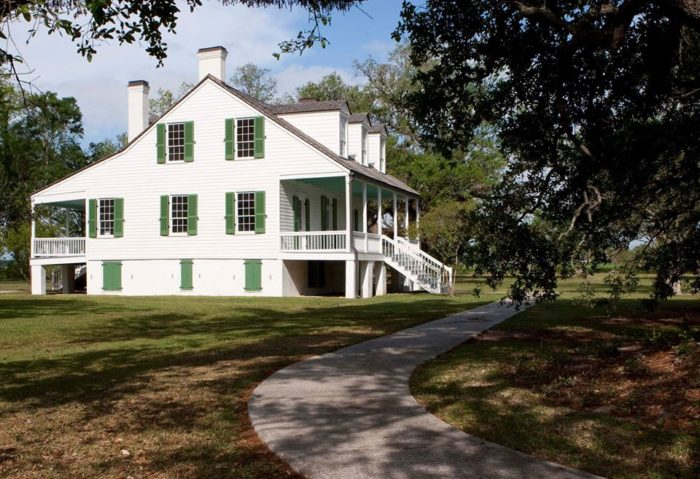 Eventually you'll come across the E. D. White Plantation, a Louisiana state historic site in Thibodaux.