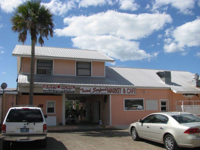 8. Triad Seafood Market & Cafe (Everglades City)