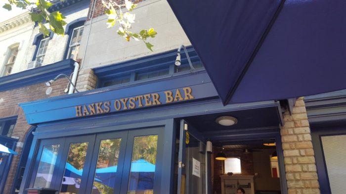 4. Hank's Oyster Bar