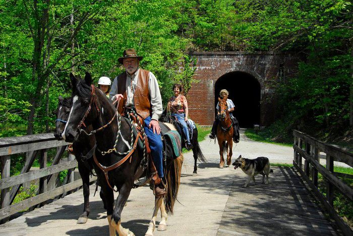 You can also ride horses all along the trail.