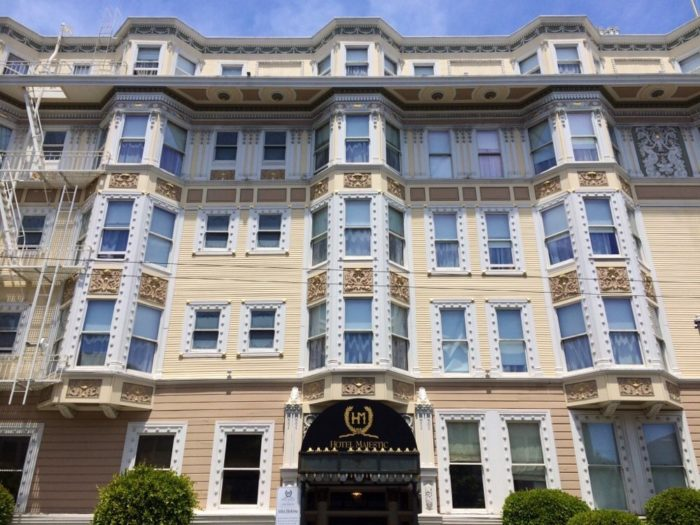 5 most haunted hotels in san francisco for Sir francis drake hotel haunted history