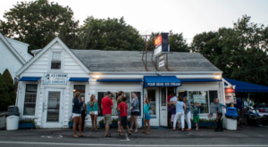 These 15 Ice Cream Shops In Massachusetts Will Make Your Sweet Tooth Go CRAZY