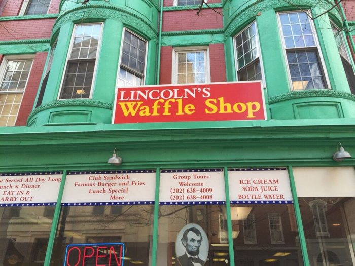 10. Lincoln's Waffle Shop
