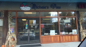 This Tiny Shop In Connecticut Serves Pie To Die For