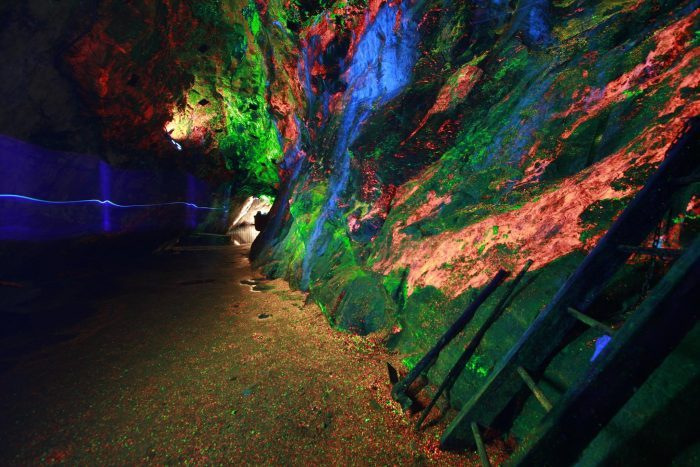 8. New Jersey: Sterling Hill Mines Rainbow Tunnel, Ogdensburg