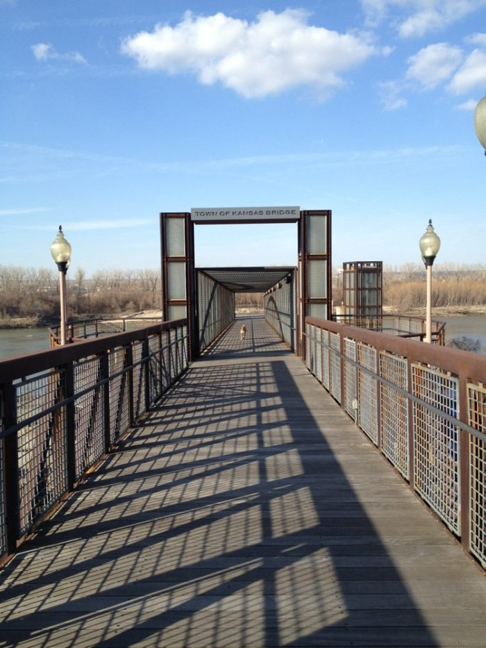 1. Riverfront Heritage Trail (Kansas City)