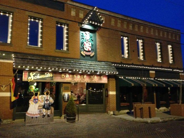 4. Schmidt's Sausage Haus und Restaurant (Columbus)