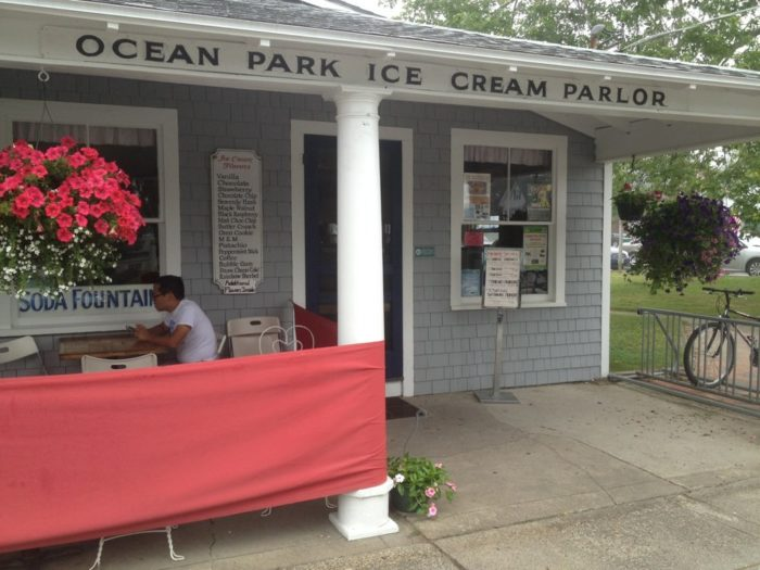 14. Satisfy your sweet tooth at Ocean Park Ice Cream Parlour.