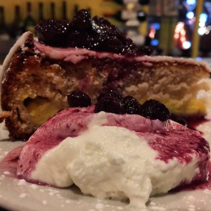 7. Tahitian Vanilla Cake (Good News Cafe, Woodbury)